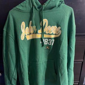 Like new John Deere Sweatshirt size XXL